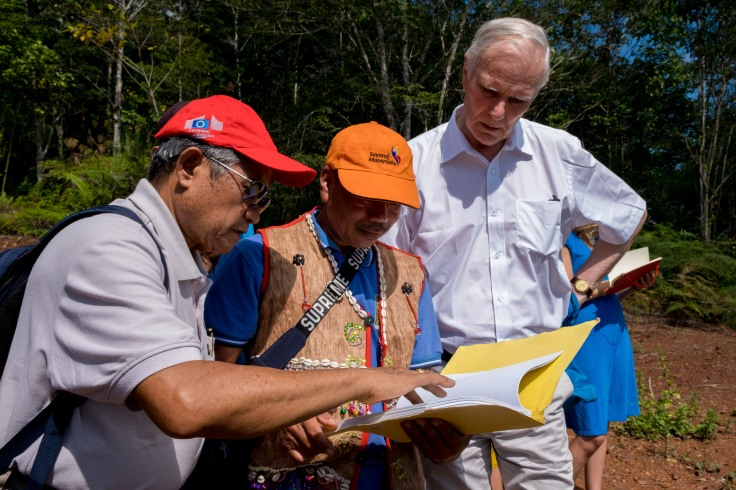 The Special Rapporteur meets with indigenous communities in Sabah. © Bassam Khawaja 2019